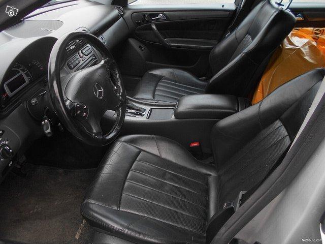Mercedes-Benz C 32 AMG 9