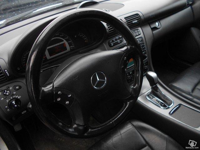 Mercedes-Benz C 32 AMG 10