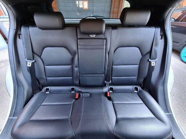 Mercedes-Benz GLA 22