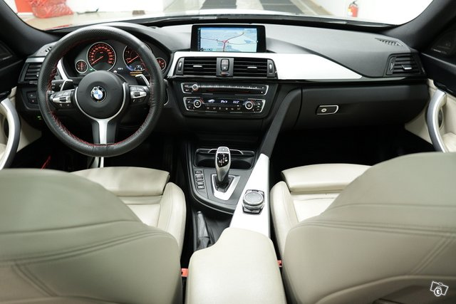 BMW 330 Gran Turismo 8
