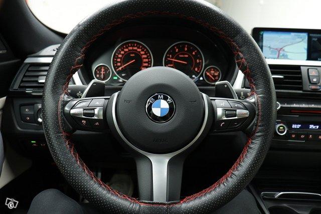 BMW 330 Gran Turismo 9