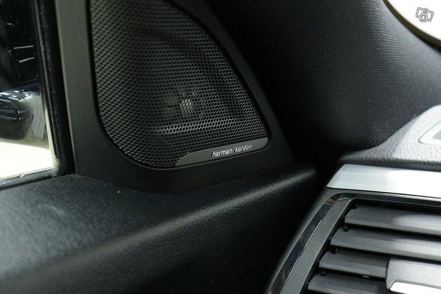 BMW 330 Gran Turismo 16