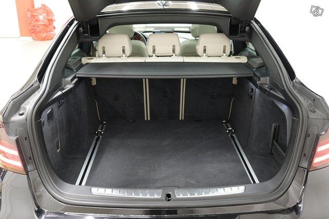 BMW 330 Gran Turismo 20