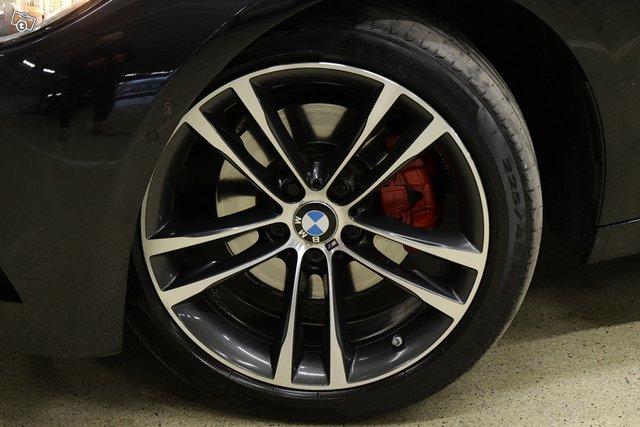 BMW 330 Gran Turismo 21
