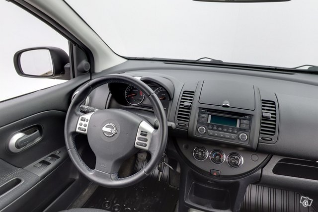 Nissan Note 10