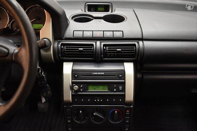 Land Rover Freelander 17