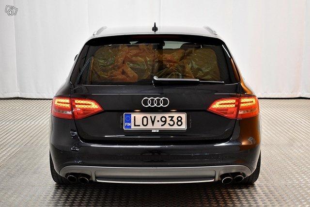 Audi S4 3