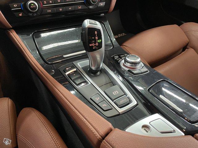 BMW 5-SARJA 15