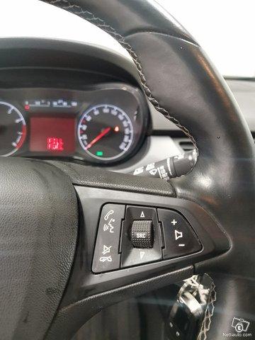 Opel Corsavan 12