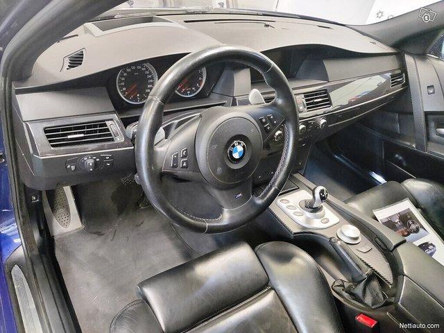 BMW M5 9