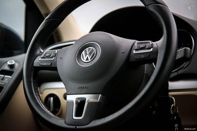 Volkswagen Golf 25