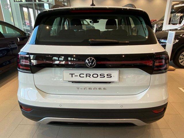 Volkswagen T-Cross 3