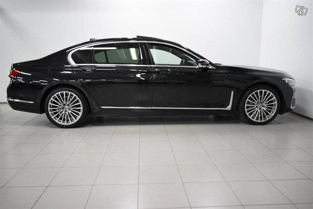 BMW 745 4