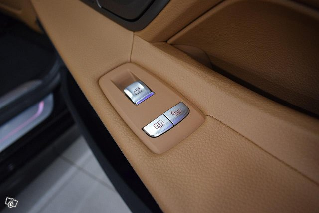 BMW 745 11