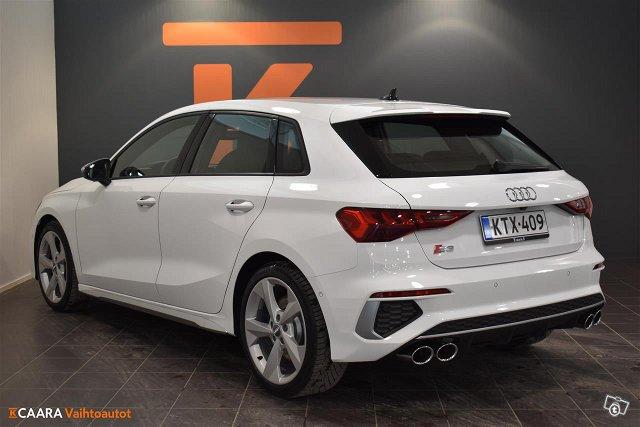 Audi S3 4
