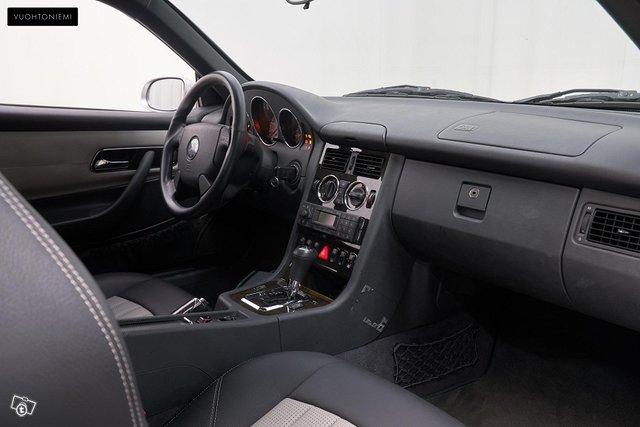 Mercedes-Benz SLK 32 AMG 6