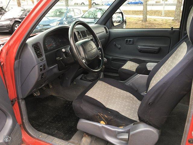 Toyota HILUX-4X4 2,4TD 6