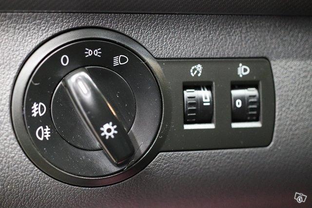 Volkswagen Caddy 25