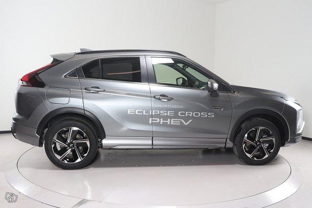 Mitsubishi ECLIPSE CROSS 4