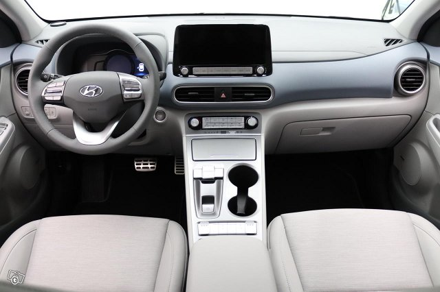 Hyundai KONA 4