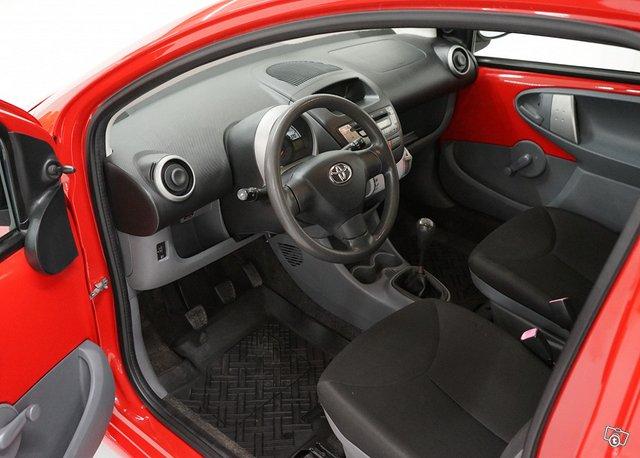 Toyota Aygo 12