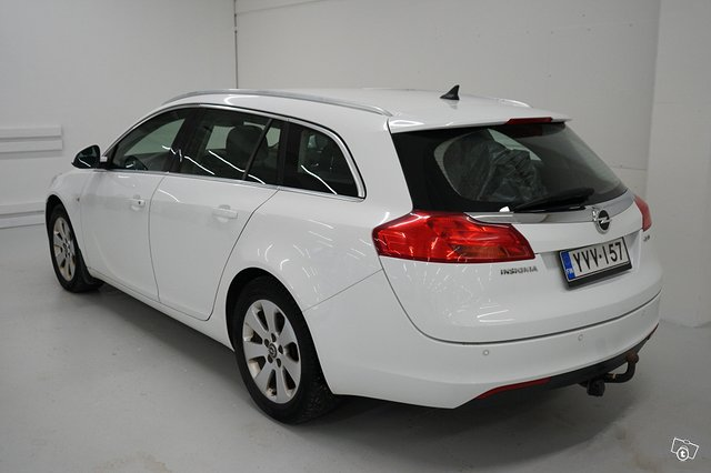 Opel Insignia Sports Tourer SW 3