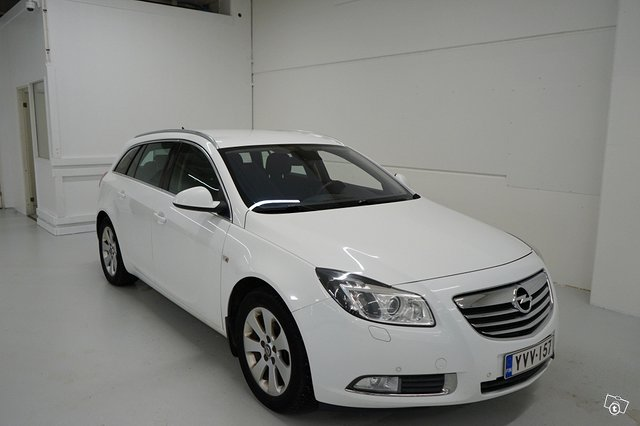 Opel Insignia Sports Tourer SW 7