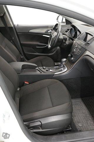Opel Insignia Sports Tourer SW 11