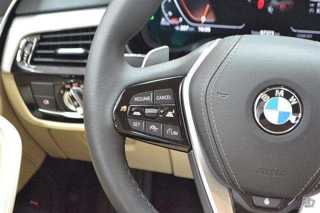 BMW 520 15