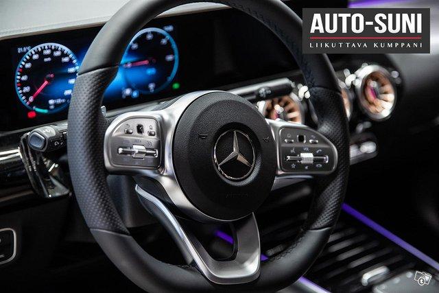 Mercedes-Benz EQA 7