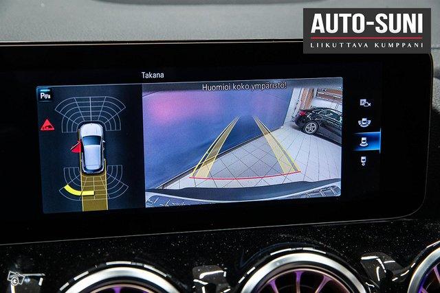 Mercedes-Benz EQA 10