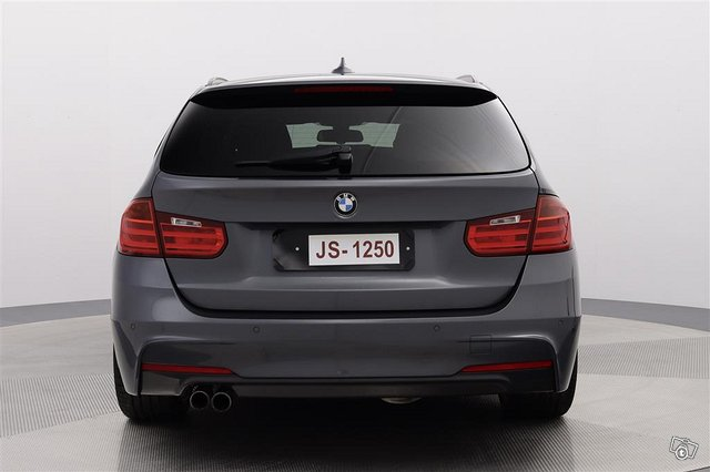 BMW 330xd 8