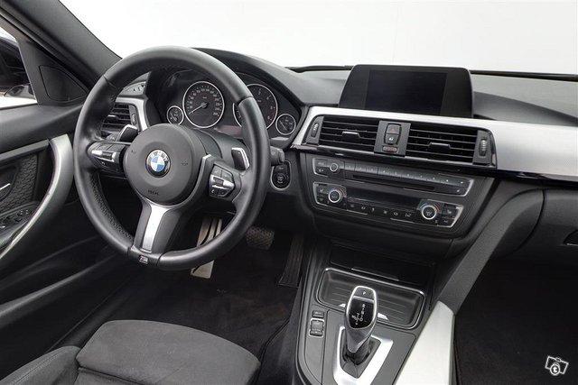 BMW 330xd 10