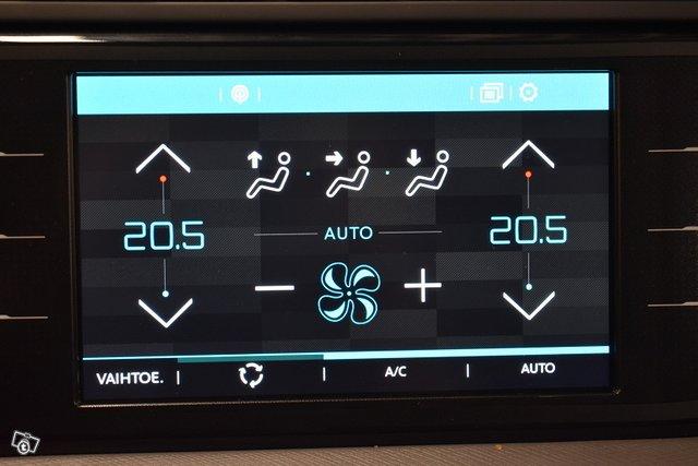 Citroen Grand C4 Picasso 23