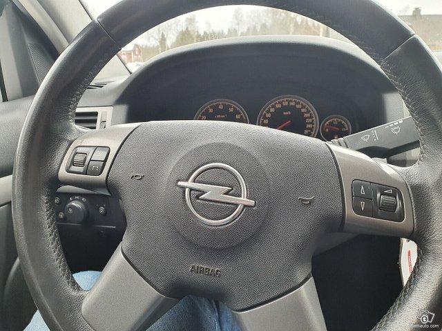 Opel Vectra 21