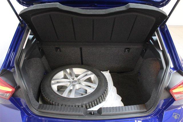 SEAT Ibiza 10