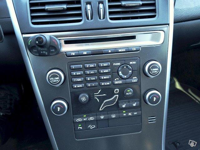 Volvo XC60 25