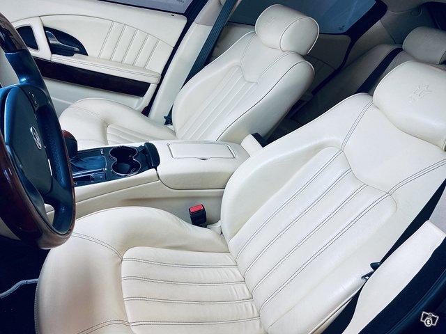 Maserati Quattroporte 7