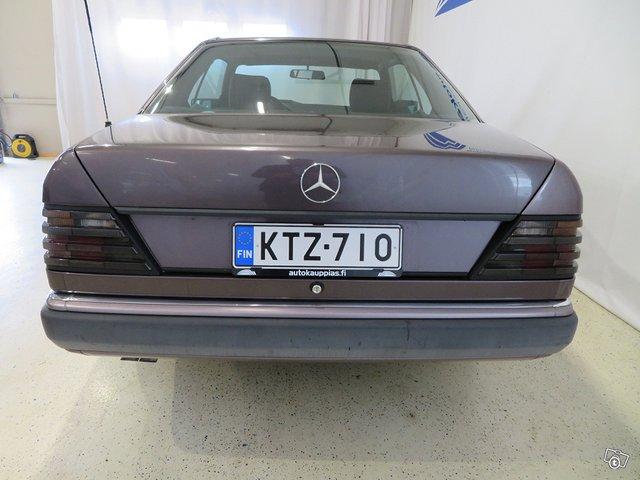 Mercedes-Benz CE 9