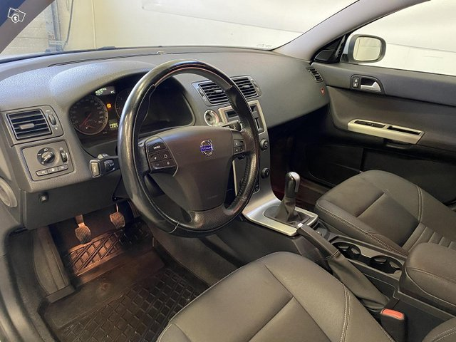 Volvo V50 8