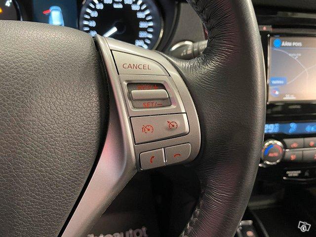 Nissan X-TRAIL 10