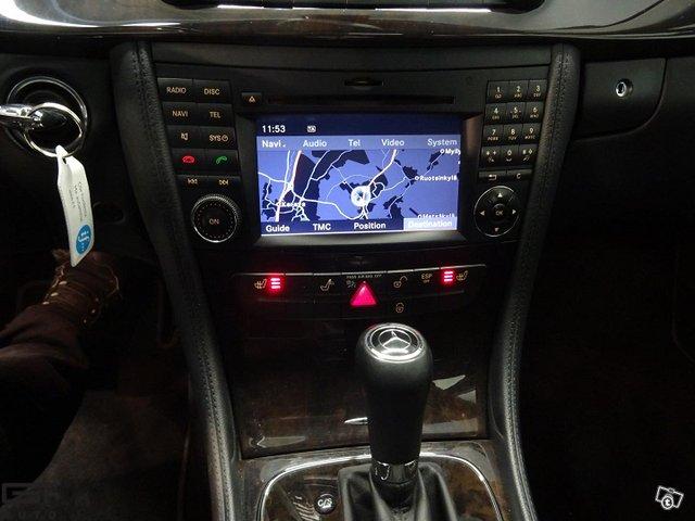 Mercedes-Benz CLS 9