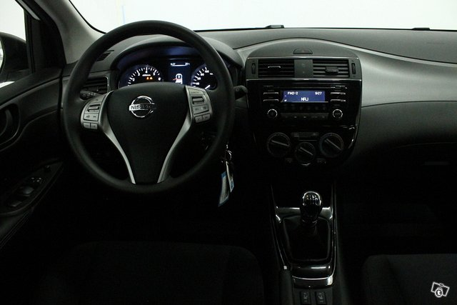 Nissan Pulsar 14