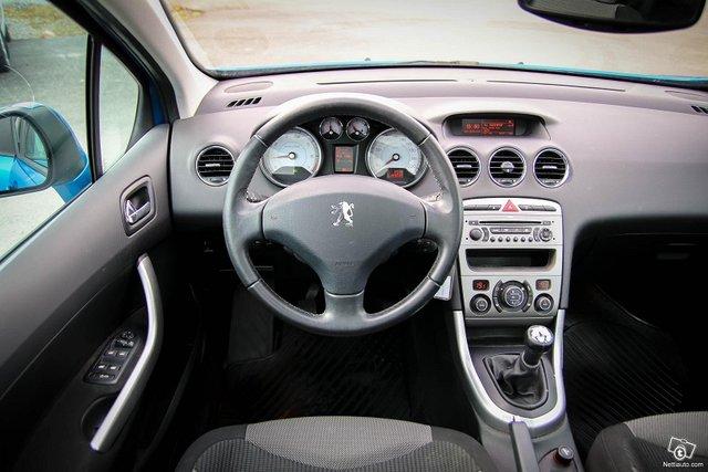 Peugeot 308 23