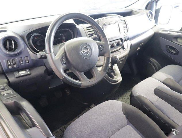Opel Vivaro 5