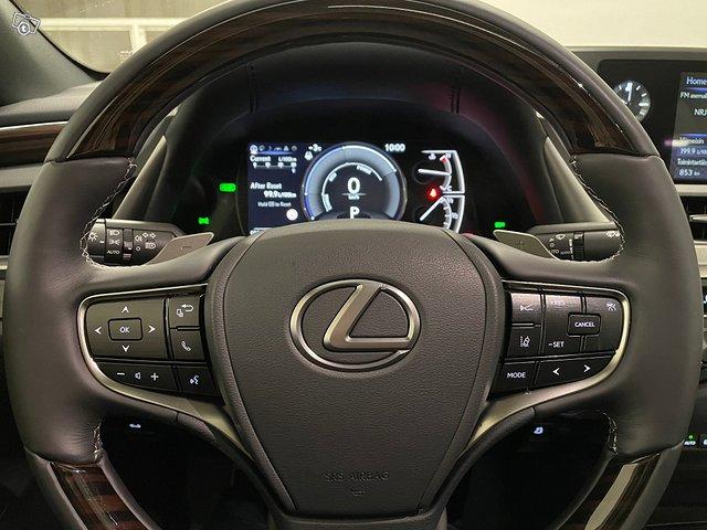 Lexus ES 14