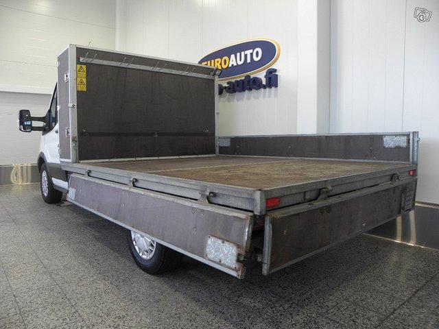 Ford Transit 5