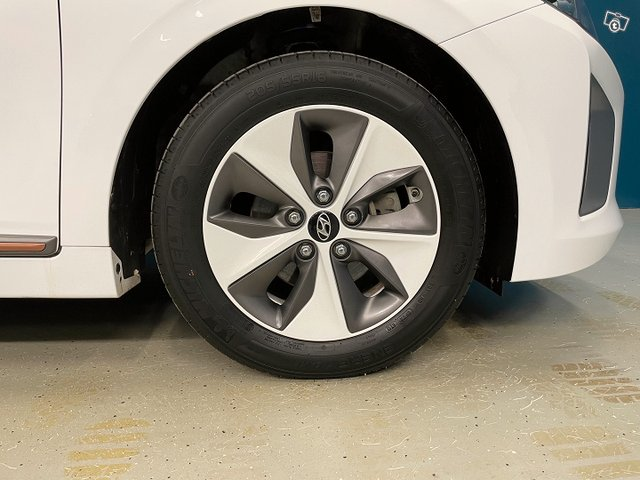 Hyundai IONIQ ELECTRIC 18