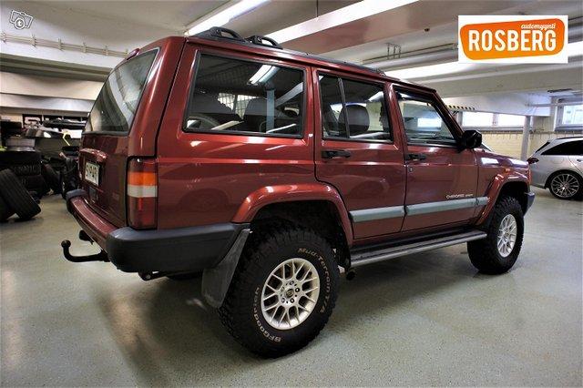 Jeep Cherokee 4