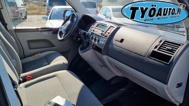 Volkswagen Transporter 9